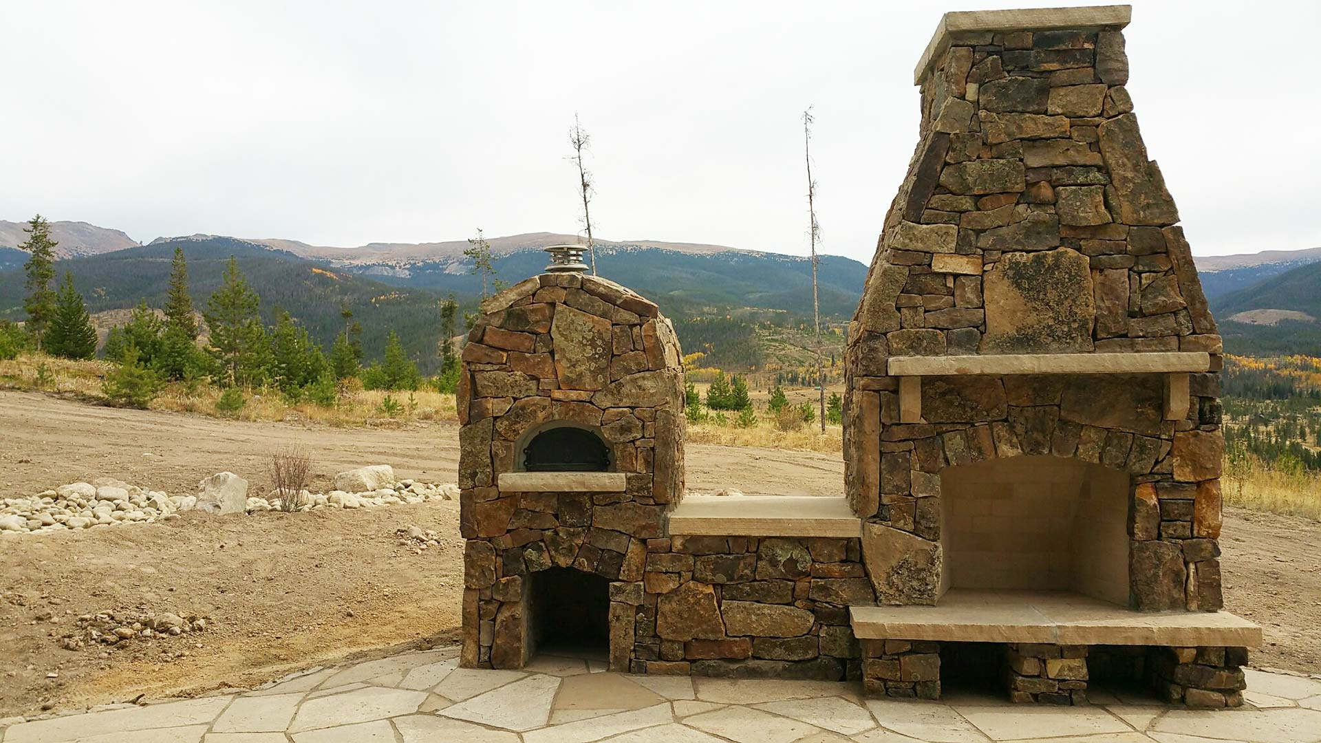 Custom fireplace and pizza oven in Colorado.
