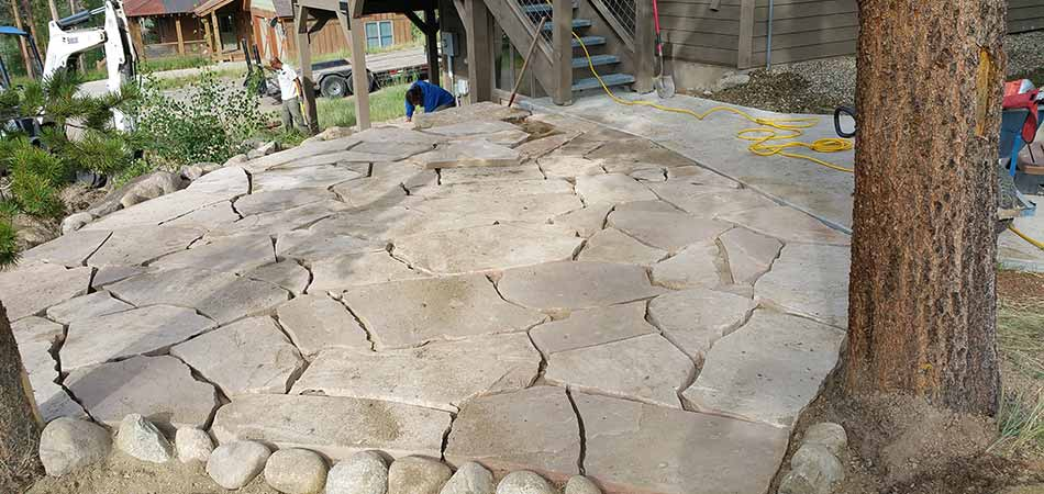 Acquire our new client in Fraser gave us the opportunity to build a patio using natural stone slabs.